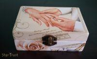 """Кутия за бижута """" Обичам те..."""""""